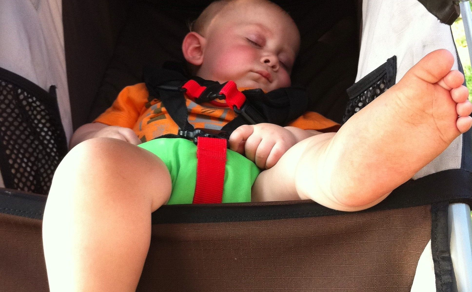 15 Places Parents Shouldn't Let The Baby Sleep