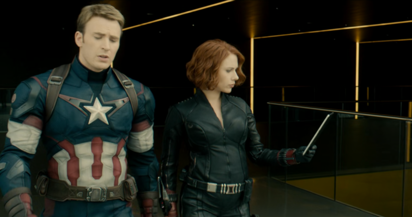New Avengers Age Of Ultron Outtakes Show Black Widow Pregnant